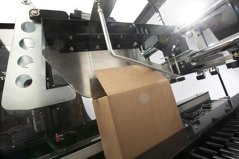 Eastey Uniform Semi-Automatic Case Taper SB-2EX Semi Front Flap Plow